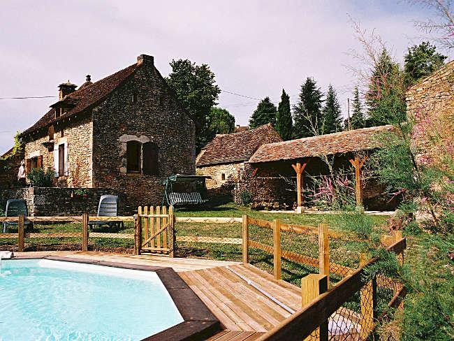 Pré Le Terme, la piscine, au Buisson de Cadouin